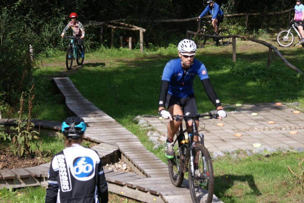 Photo: Beginners clinic MTBsportHolten in BikeParkHolten